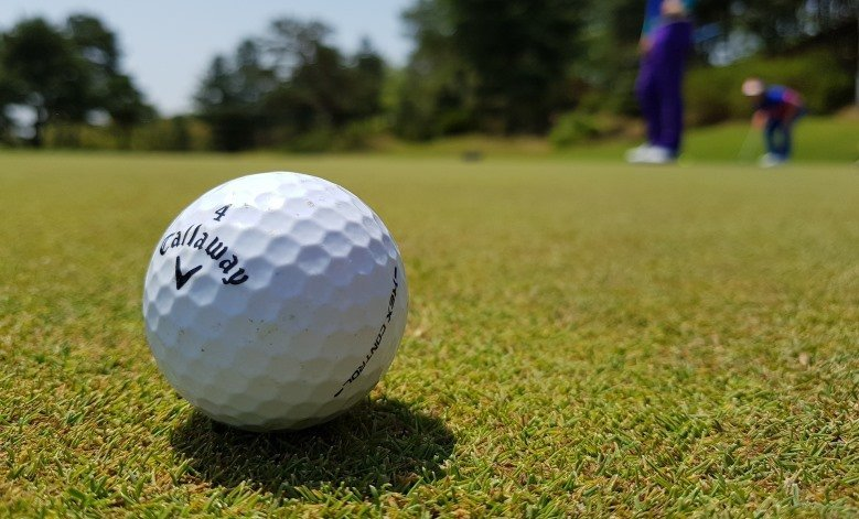 the pros and cons of low compression golf balls